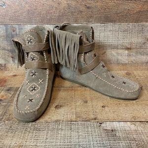 Sam Edelman Katherine suede fringe booties Size 6
